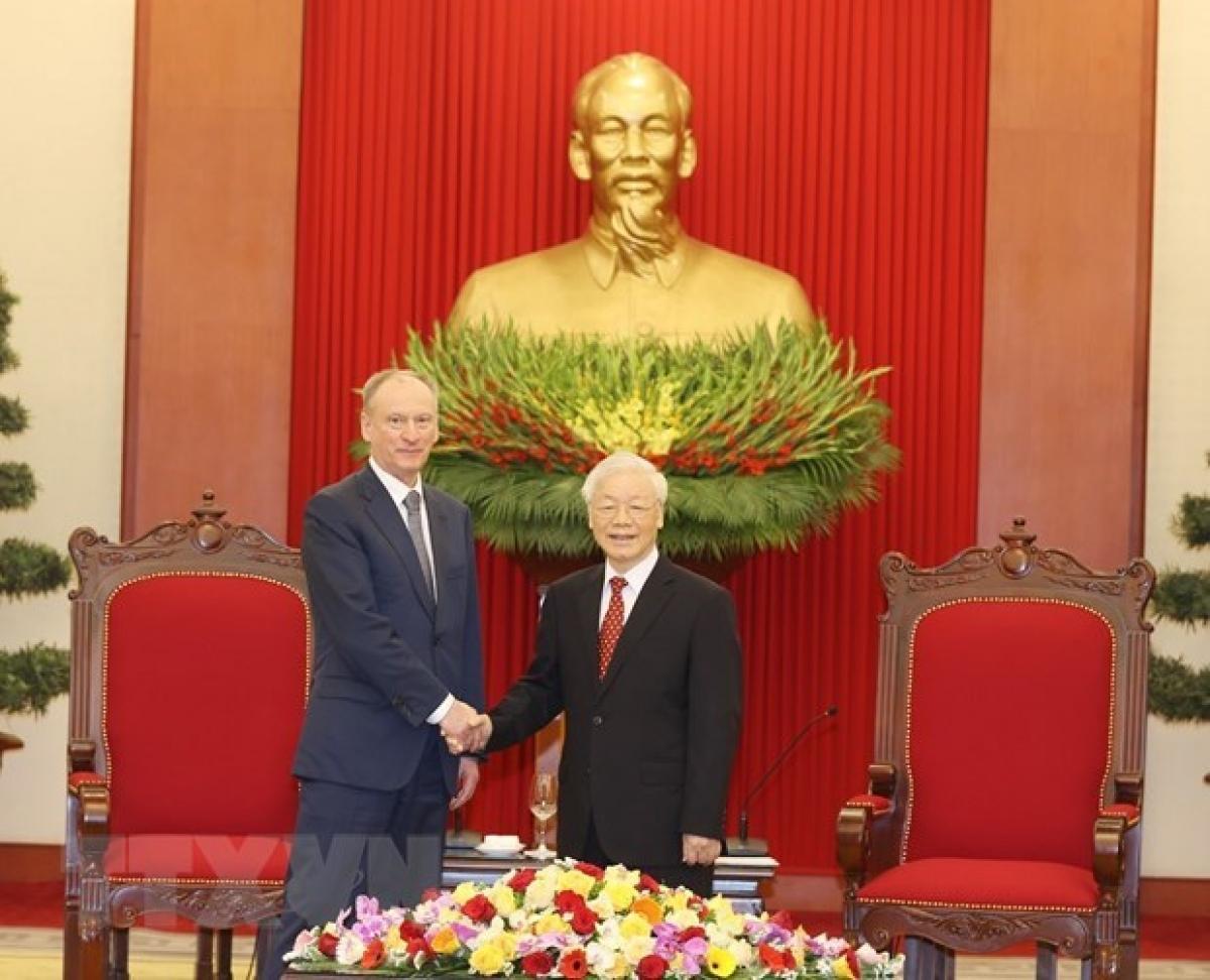russia vietnam to strengthen security defence cooperation vietnams top leader