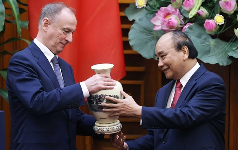 Security defence cooperation key to Vietnam – Russia partnership: Top leader