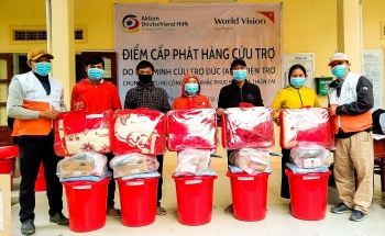 world vision distributes essential goods to quang ngais households