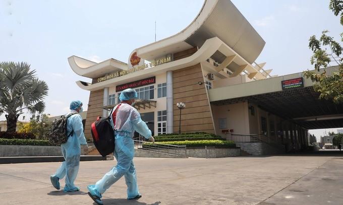 vietnam suspends border crossing fromto laos cambodia over covid 19