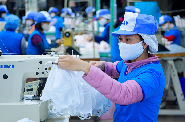 vietnam expects to become a cloth face mask production giant