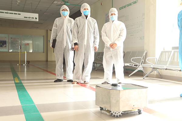 vietnam disinfection robot and medical device creations develop amid covid 19 pandemic