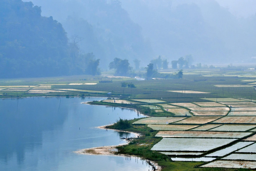 vietnam sustainable rural charmings through a britain young beautiful jounarlists eyes