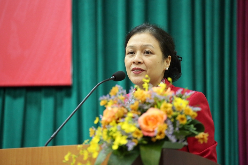 vietnamese people consistently support cuban people to overcome difficulties