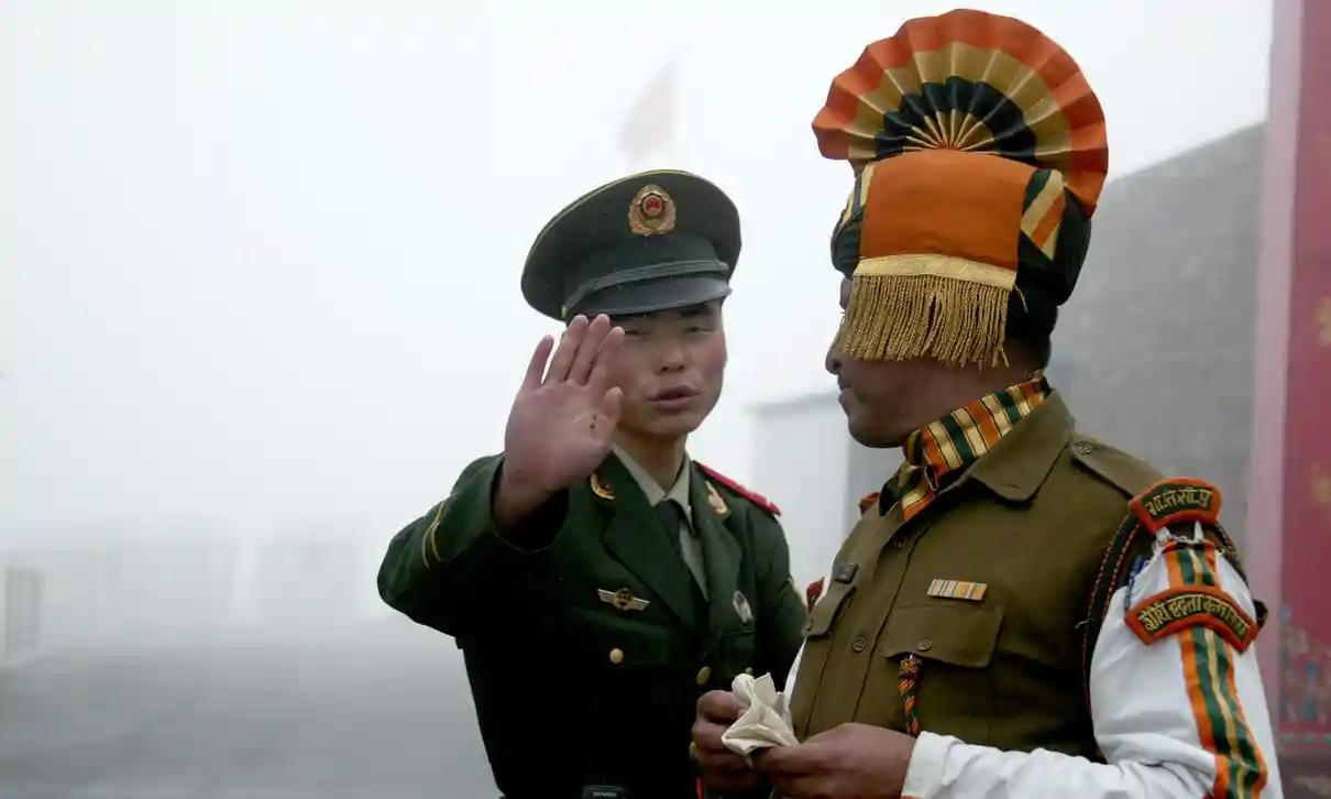 indian and chinese soldiers injured in cross border stone throwing fistfight