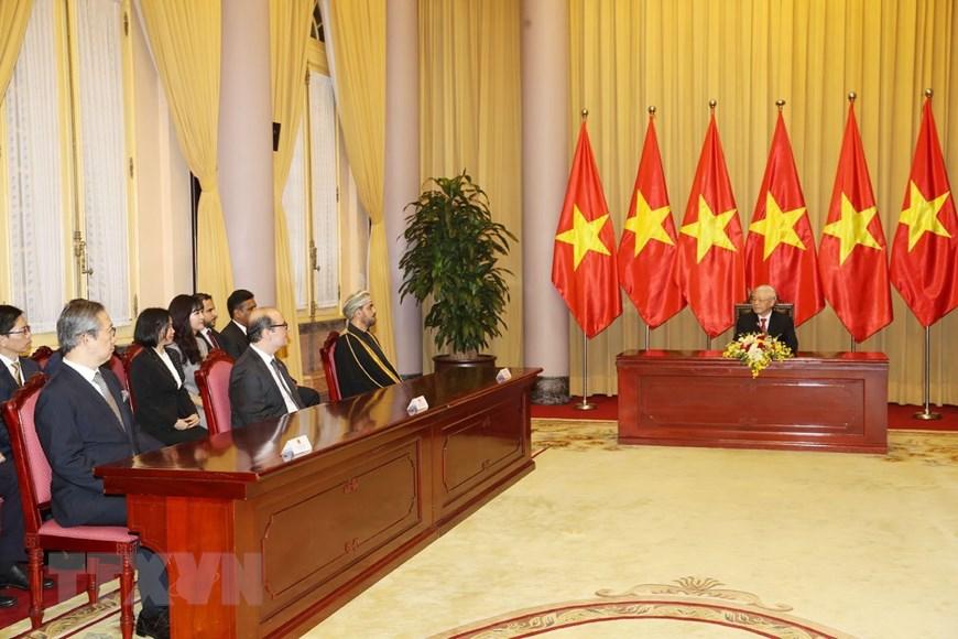 envoys of japan oman turkey presents credentials to vietnam top leader