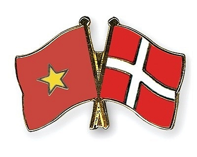 vietnam sends greetings to denmark on constitution day