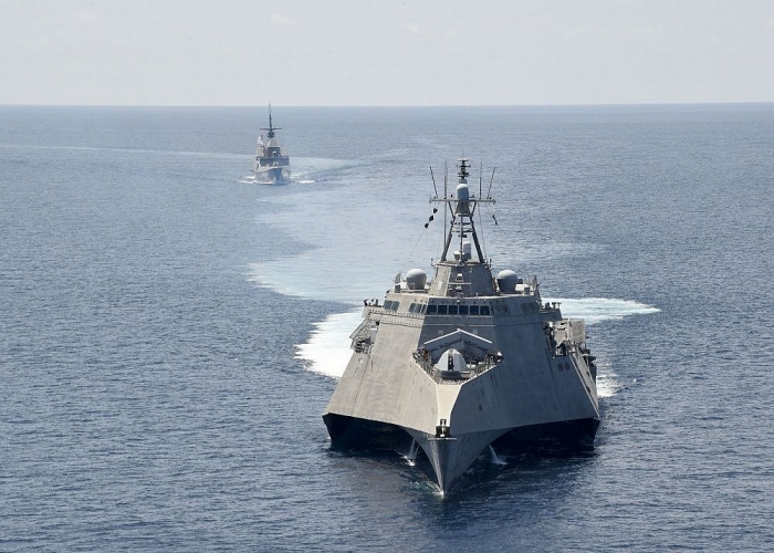US sending important messages to deter aggressive China in the East Sea (South China Sea)