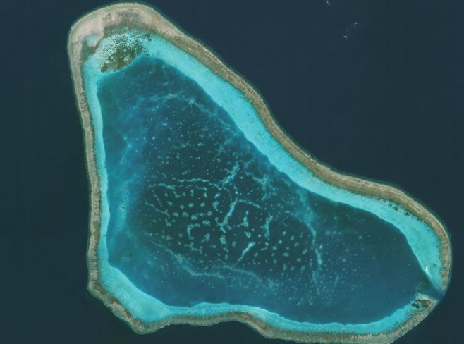 philippines foreign secretary admitted chinas weaponization in scarborough shoal in the east sea
