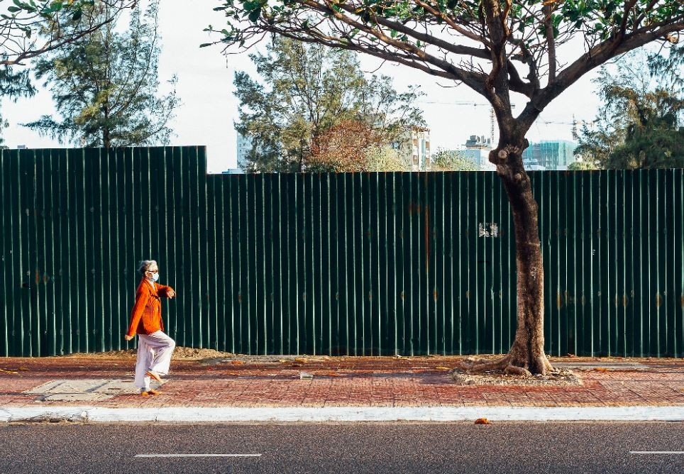 peaceful daily life in vung tau in photo shoots of a deaf american photographer
