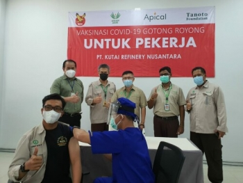 Apical Rolls Out Gotong Royong Vaccinations in Balikpapan Following Success Vaccination Campaigns in Other Cities