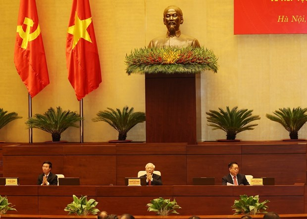 Party General Secretary Nguyen Phu Trong (C), permanent member of the Party Central Committee's Secretariat Vo Van Thuong (L) and Chairman of the Party Central Committee's Commission of Popularisation and Education Nguyen Trong Nghia chair the conference. (Photo: VNA)