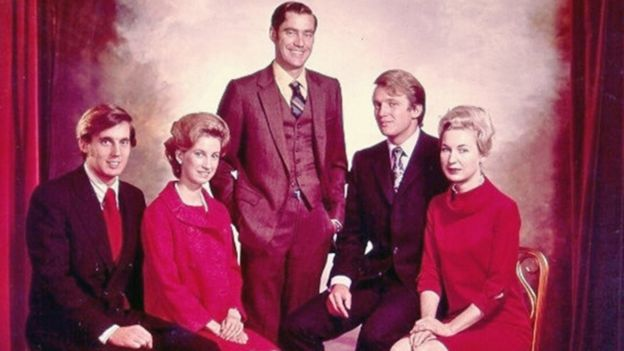 unknown cause dead president donald trumps youngest brother aged 71