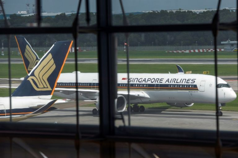 singapore shortens quarantine time for visitors from vietnam by half