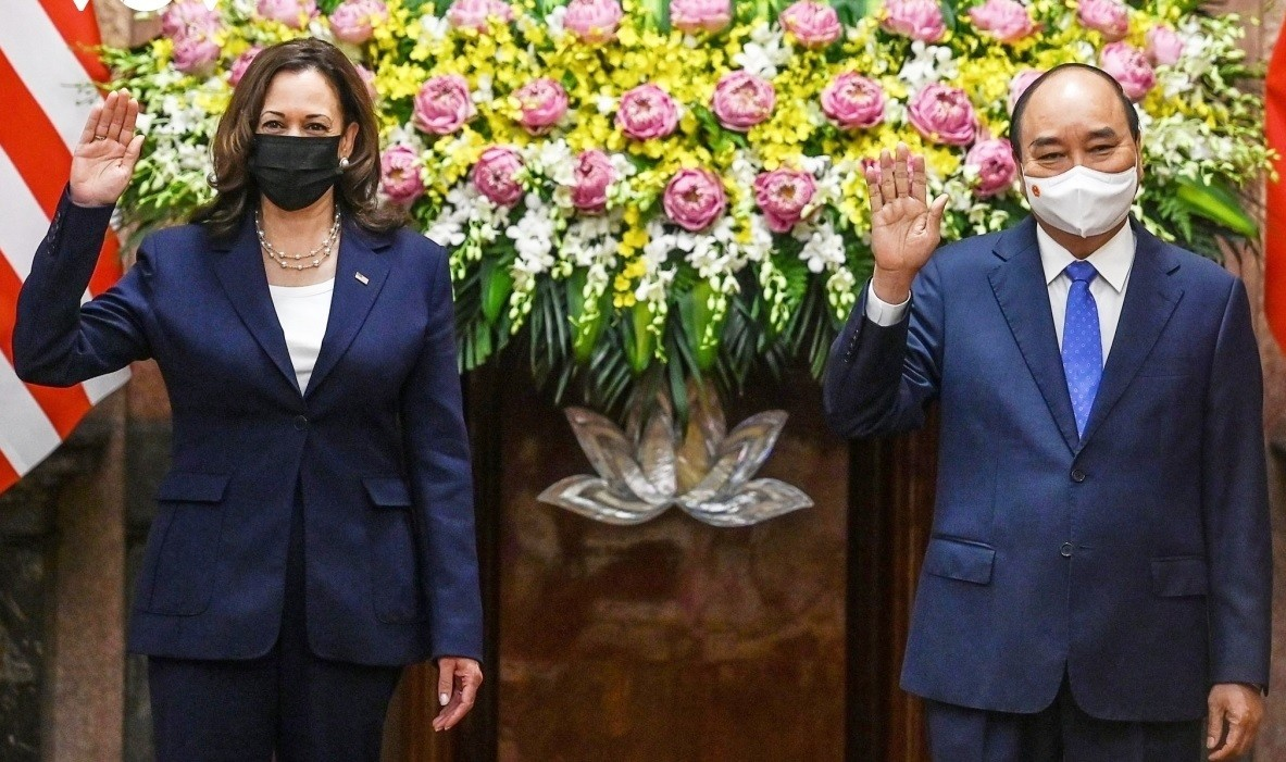 US Vice President Reaffirms US Commitment to Support Vietnam in COVID-19 Fight