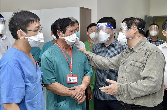 Government Leader Himself Scrutinizes Disease Prevention Work in Hotspots