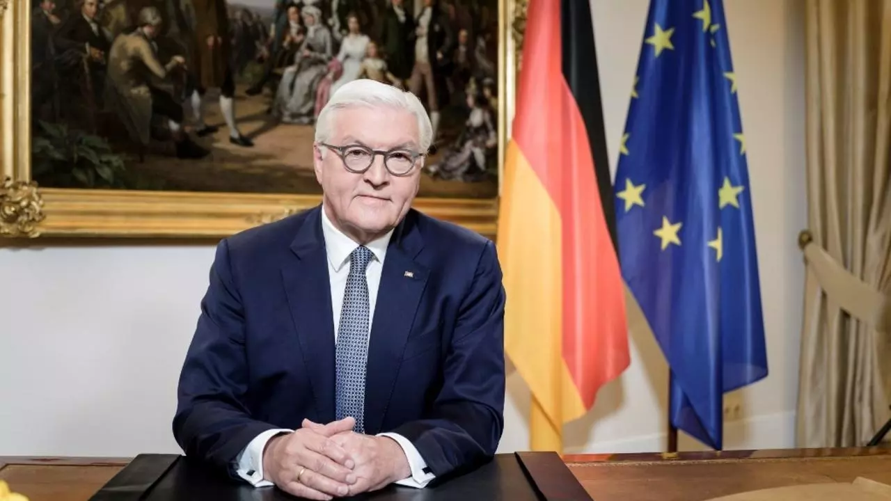 german president sends a congratulatory telegram to vietnams top leader and people for the national day