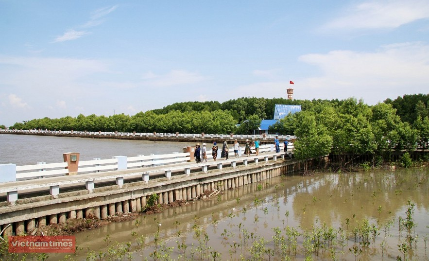 After the pandemic, Dat Mui Tourist Area is one of the ideal destinations for tourists when coming to Ca Mau.