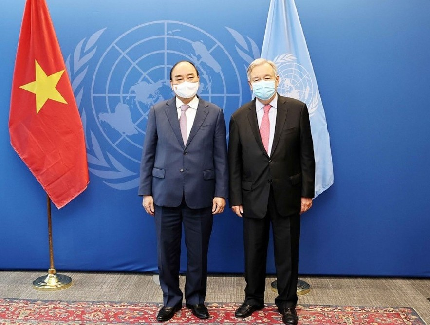 President Nguyen Xuan Phuc meets with the Secretary-General of the United Nations