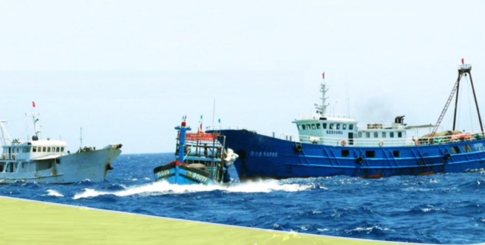 ships going aground at sea