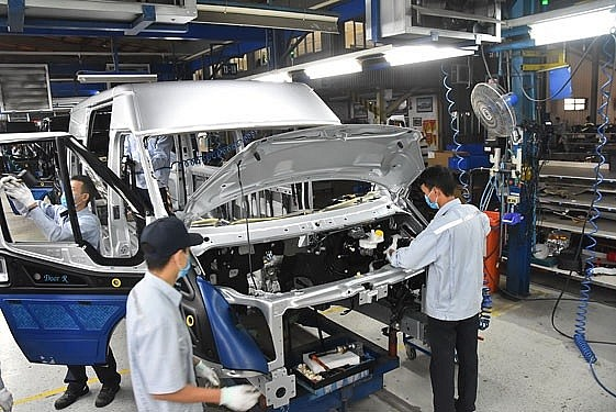 Foreign businesses still rate Vietnam as an attractive investment destination. Photo nld