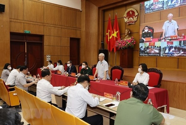 Party Chief Meets Hanoi Voters Ahead 15th NA's Second Session