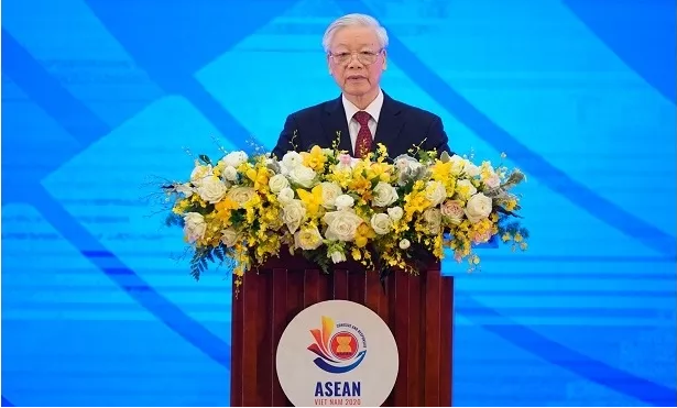 top vietnamese leader affirms maintaining peaceful stable cohesive and united asean region