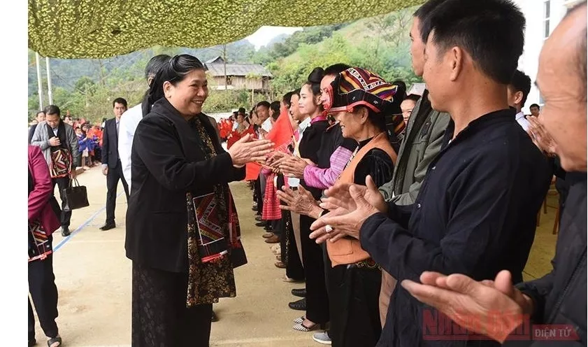 na vice chairwoman joins son la people in great national solidarity festival