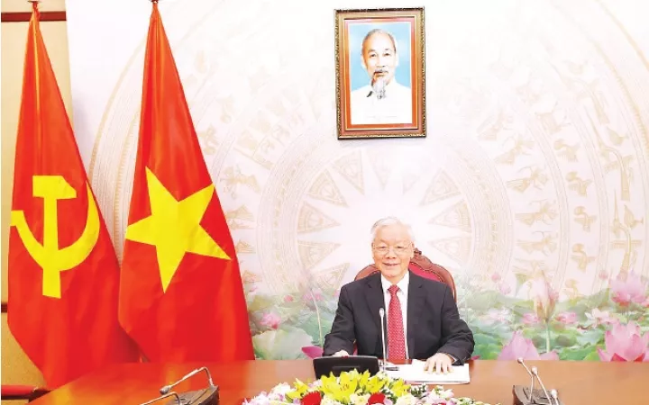 vietnam always treasures special relations with cuba top leader