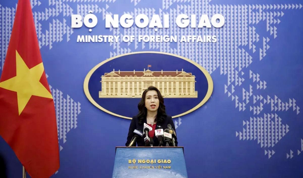 china should have stopped tours of vietnams hoang sa archipelago