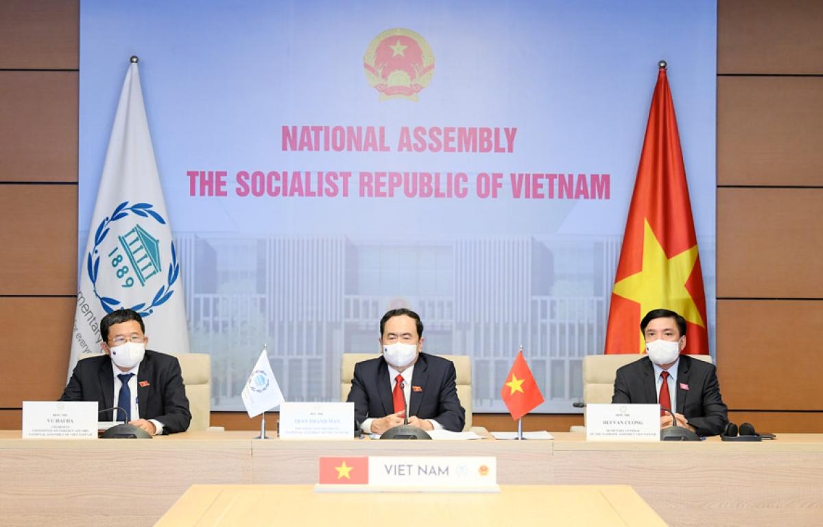 Vietnam attends 142nd IPU Assembly's plenum