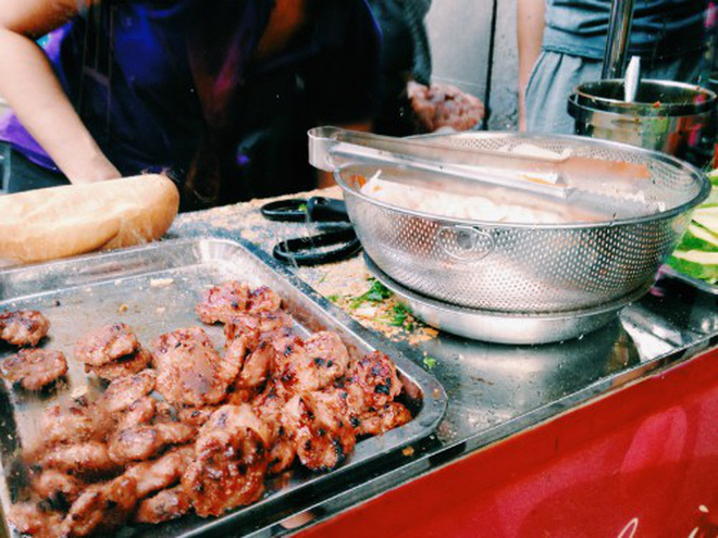 The banh mi honored as world's best street food by US magazine