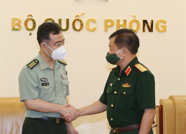Vietnam, China foster defence cooperation