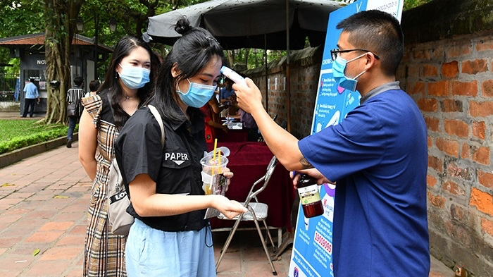 Tourism businesses, organisations and agencies in Hanoi asked to strictly observe COVID-19 prevention and control. Photo: NhanDan