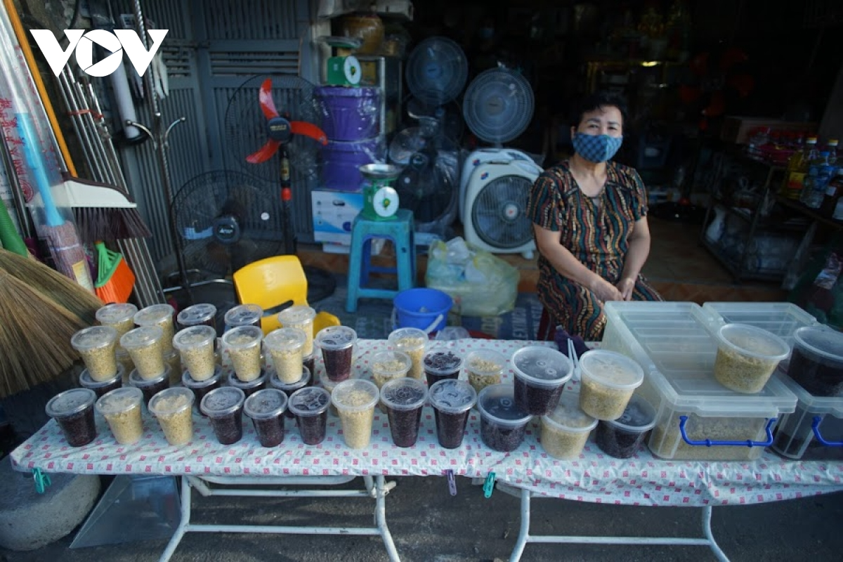 Glutinous wine is one of the indispensable dishes on this day.  Photo: VOV