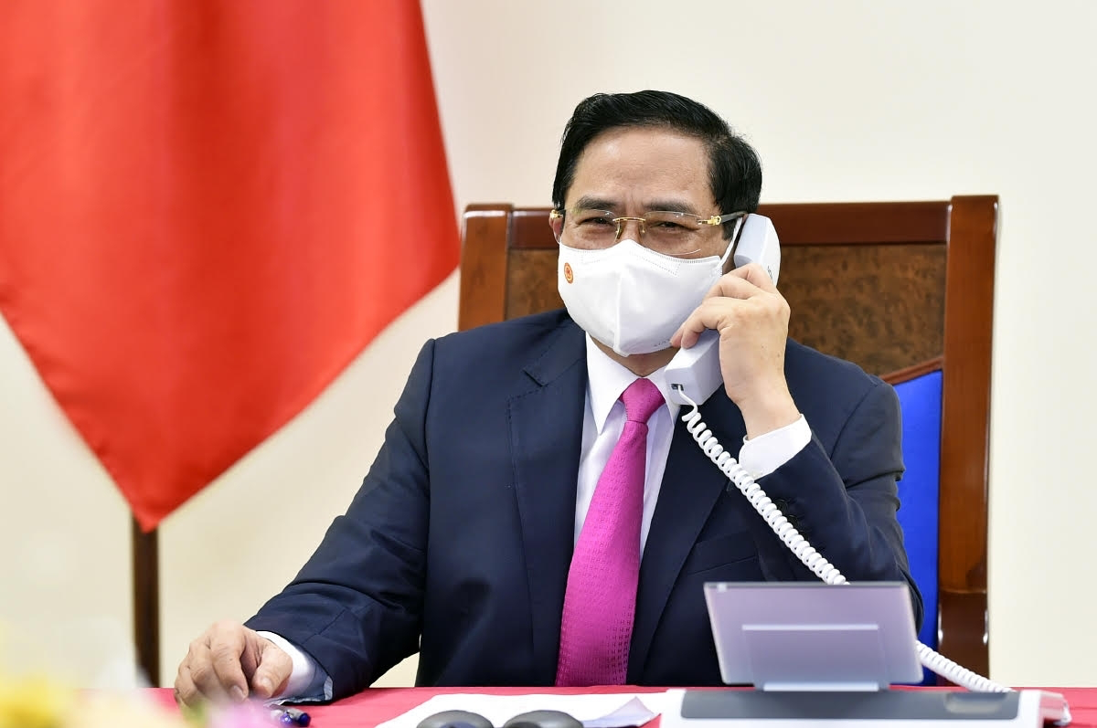 Prime Minister Pham Minh Chinh hold online talks with French PM Jean Castex. Photo: VOV