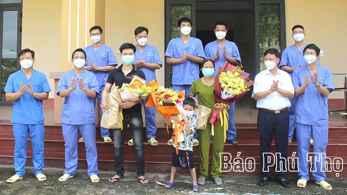 COVID-19 patients in Phu Tho province given the all-clear on June 14. Photo: baophutho.vn
