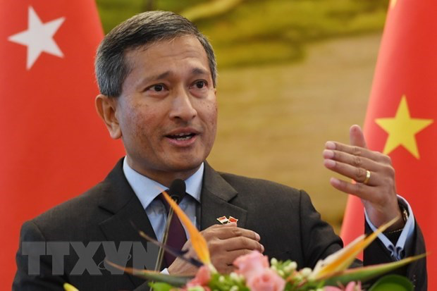 Singapore commits to close cooperation with Vietnam to recover from Covid-19