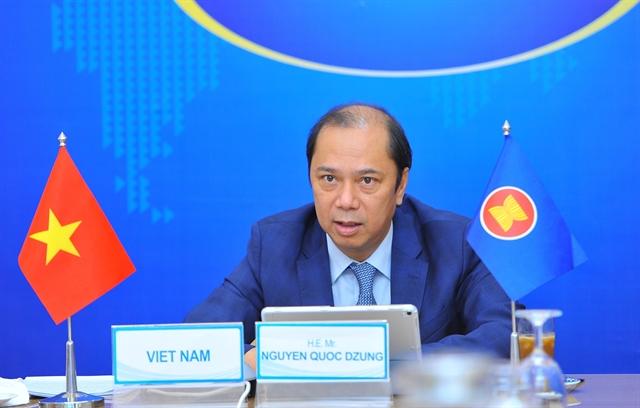 Vietnam News Today (June 22): Hanoi reopens barber shops, indoor dining