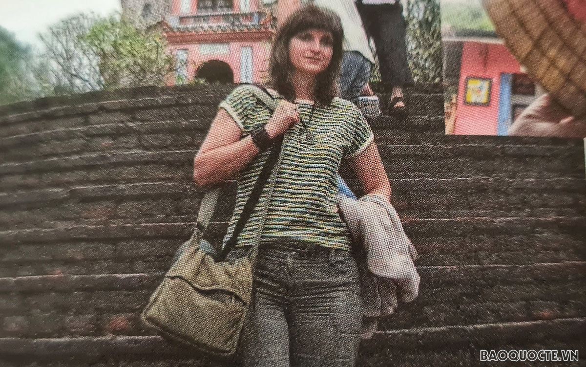 Bulgarian journalist writes 'Vietnam Miracle' book