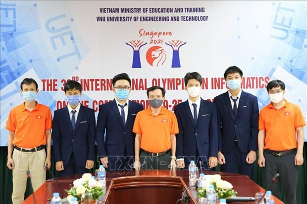 All four Vietnamese students participating in the International Olympiad in Informatics 2021 win silver medals. Photo: VNA