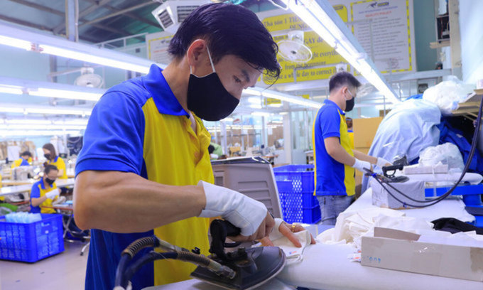 Workers in a Ho Chi Minh City garment factory. Photo: VnExpress