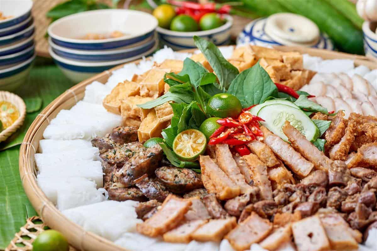 Bun Dau Mam Tom - a typical dish. Photo: bestpricetravel of Vietnamese cuisine. Photo: