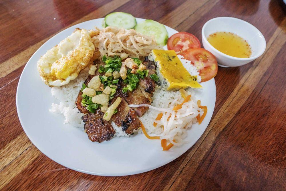 Com Tam, Vietnam food © Tonkinphotography/Shutterstock