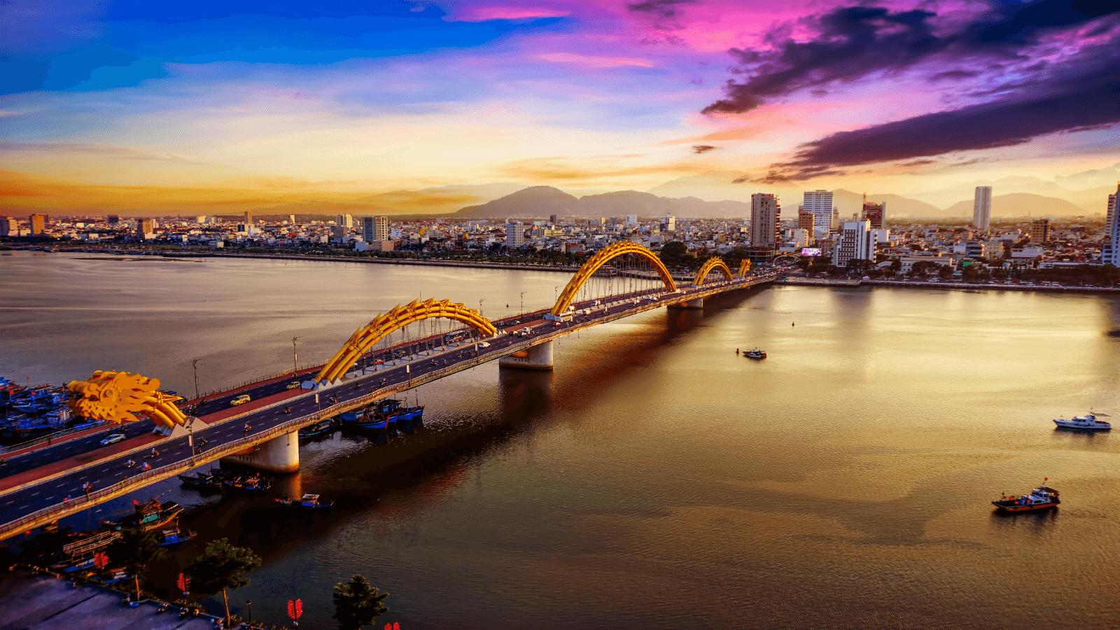 Danang is known as a city of bridge. Photo: bestpricetravel