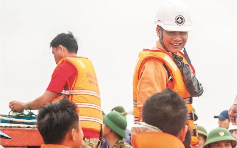 Vietnamese Rescuers to Receive IMO Bravery Award