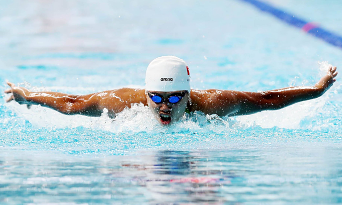 Swimmer Nguyen Huy Hoang, one of the first Vietnamese athletes to grab a ticket to Tokyo Olympics. Photo: VnExpress