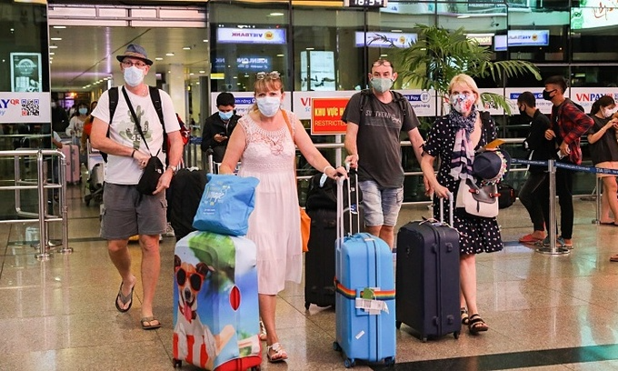 Fake Vaccine Passports Pose Risk But Controllable For Vietnam: Experts