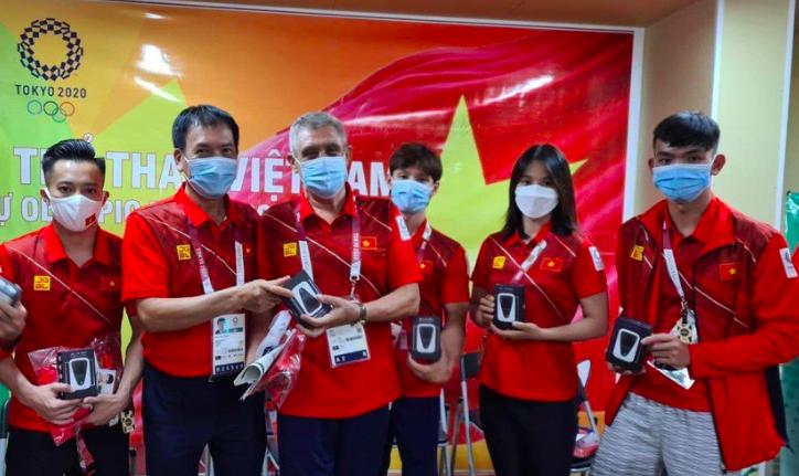Japan's Vietnamese Community Supports Homeland Athletes