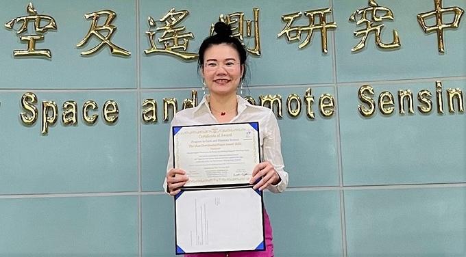 Vietnamese Professor Praised by Japanese Science Magazine